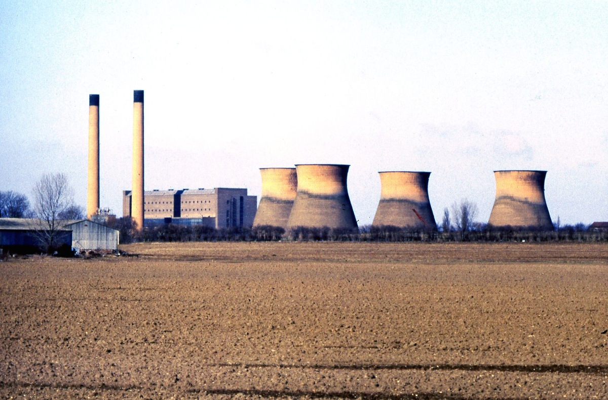 Goldington Power Station during its hey-day. The site is now built on with new houses. Photograph courtesy of Meryn Askew.